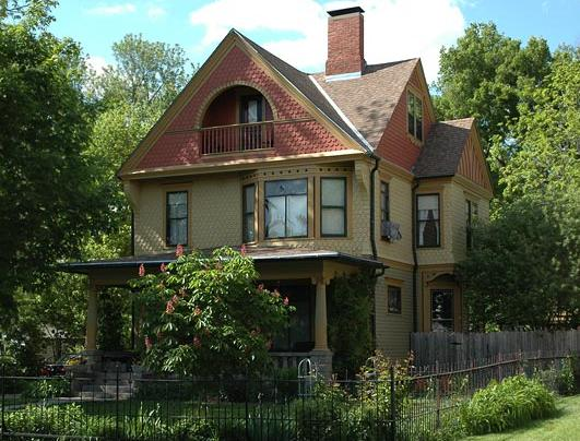 Folk victorian style house home design and style for Folk victorian interior