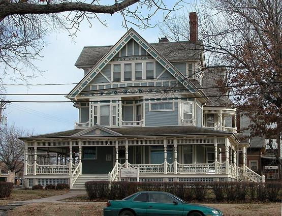 Image gallery eastlake victorian for Custom built victorian homes