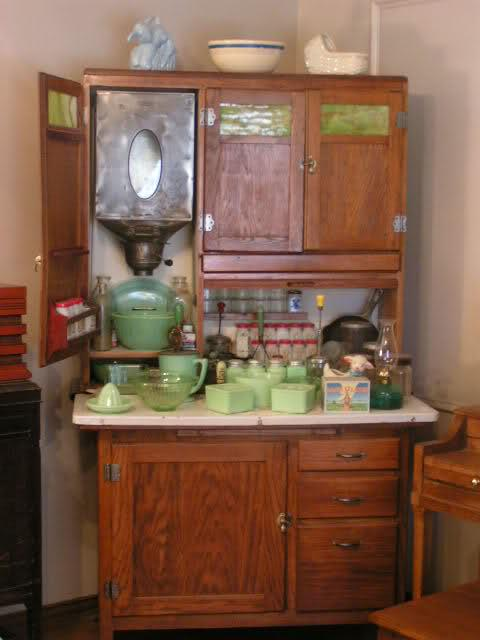 1000 images about grandma 39 s kitchen on pinterest for Kitchen queen cabinet