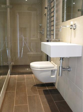 29 original ensuite bathroom tiles ideas for Small ensuite wet room ideas