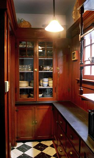 A Traditional Victorian Butler S Pantry Was A Place Where Food Was Prepared For Serving Not A Place Where Food Was Stored Storage Rooms Were Usually